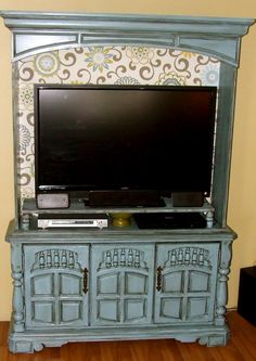 Blue Distressed Vintage China Hutch TV stand media center #recycle #chinacabinet #chinahutch #mediacabinet #mediahutch #tvstand