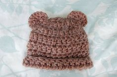 Alli Crafts: Free Pattern: Fuzzy Bear Hat With Ears - 3 months