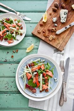 Smoked salmon, fennel, grape, blue cheese and pecan salad