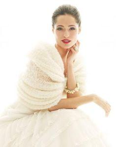 Lovely winter bride look
