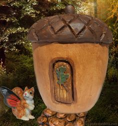 Acorn Fairy House for your mini fairy gardens.
