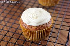 The Curious Country Cook....: Carrot Cake Cupcakes with Maple Cream Cheese Frosting