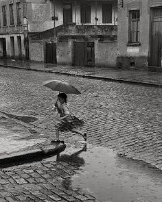 German Lorca,  Menina na Chuva, 1951