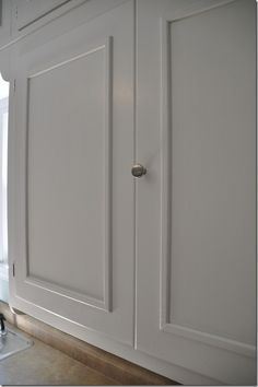 How to add cabinet molding to kitchen cabinets (Decor and the Dog)