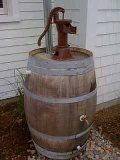 rain water barrel with pump-