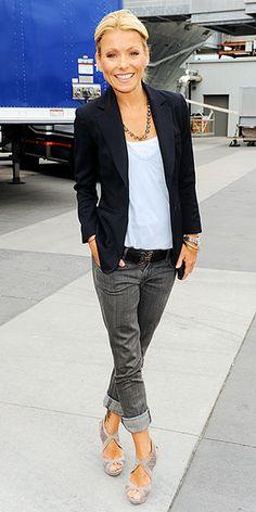 Kelly Ripa, jeans and blazer