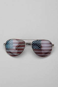 Stars and Stripes sunglass // I can see stars and stripes without this :)