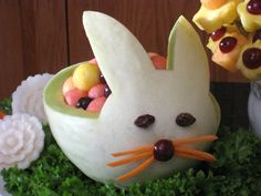This melon carving Bunny is great for Easter. Learn how at http://www.vegetablefruitcarving.com/melon-carving