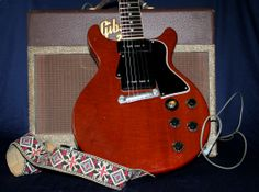 Double cutaway 1959 #Gibson Les Paul Special along with a Gibson GA-20 Tube Amplifier