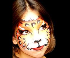 A cute kitty face is classic and good for any sort of party. #halloween #costume #makeup