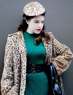 Solnah's (Vixen Vintage's) endlessly chic animal print and emerald green cold weather ensemble