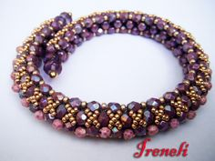 Pearl Bracelet Free tutorial by photos - tutorial at other pin - this is better photo - image #2