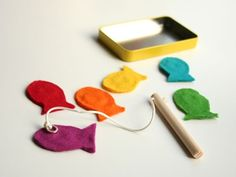 Homemade toddler toys for the wee one in your life. Make a gorgeous fishing game which will give them hours of entertainment. Free template and step by step instructions.