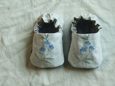 Vintage linen baby shoes by Tiny Happy