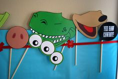Free printable Toy Story photo booth props Woody Buzz Hamm Slinky Dog Rex