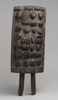 Memory Board (Lukasa) [Democratic Republic of Congo; Luba] (1977.467.3)   Heilbrunn Timeline of Art History   The Metropolitan Museum of Art