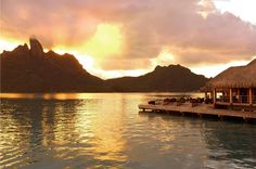 St Regis Bora Bora Resorty