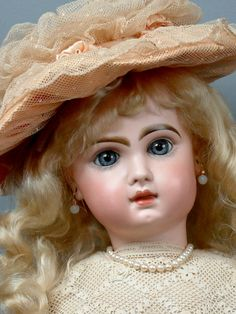 """Perfect 23"""" All Original Tete Jumeau Bebe With Closed Mouth! from kathylibratysantiques on Ruby Lane"""
