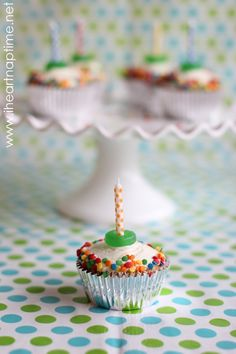 Simple cute cupcakes