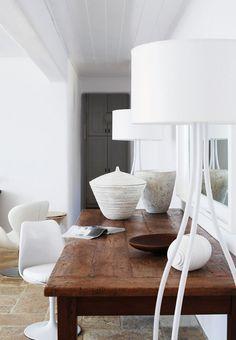 a stylish summer house on mykonos