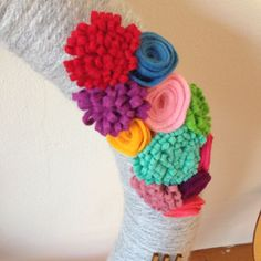 How to make colorful felt flowers