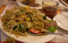 Chow-Mein_IGP4802