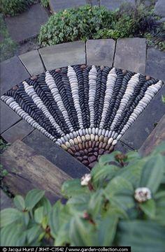 pebbl mosaic, garden gates, pebble mosaic
