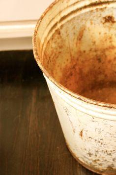<3 galvanized buckets