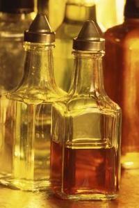 Apple Cider Vinegar & Baking Soda For Acid Reflux | LIVESTRONG.COM