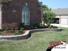 Retaining Wall Design with Landscaping for Front Yard.