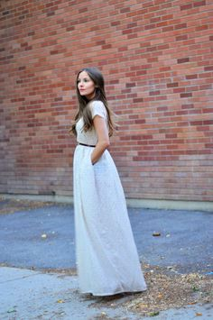 Scoop neck maxi dress tutorial (with pockets)