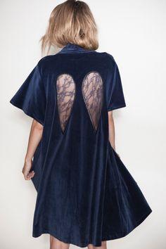 Diana Wings Wrap – Navy  Kriss Soonik  *want*