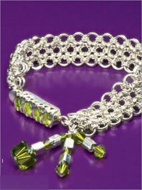 Okinawa by Charlene Anderson. Chain maille and beaded bracelet making project available for instant download in the Beading Daily Shop.  http://shop.beadingdaily.com