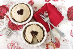 I could do choco sprinkles in the shape of a turkey dessert peanut, peanuts, food, butter recip, pies, yummi recip, pie recipes, butter pie, peanut butter