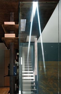Inverted Warehouse-Townhouse / Dean-Wolf Architects (4)