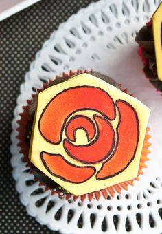 rose stencil cupcake toppers