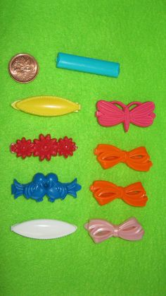 Vintage hair barrettes  80s hair clips  by ExperiencedFindings, $5.00