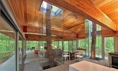Located in Berkeley Springs, West Virginia, this modern retreat was designed by Washington-based Travis Price Architects.