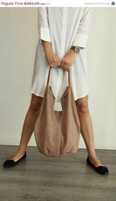 Charley Bag Soft leather bag in dust cream-colored leather by LadyBirdesign, $242.25  #leatherbag #leatherlove #leatherfashion #leatherpurse #leatherhandbag