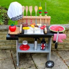 Tutorial on how to make this kids play grill from a junk side table, including play food and kebabs.