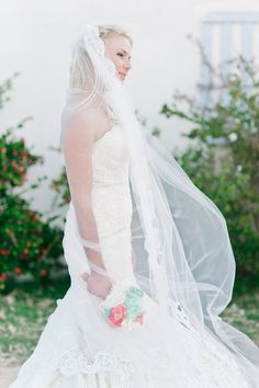 #mantilla lace veil - photo by http://blog.nadiameli.com/ - http://ruffledblog.com/western-cape-beach-wedding/