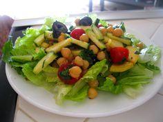 Amy's Nutritarian Kitchen: Mediterranean Garbanzo Salad #nutritarian #recipe #vegan