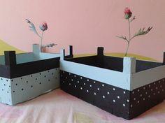 Cajas de fruta decoradas on pinterest pet beds stencil - Cajas fruta recicladas ...