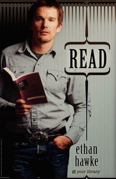 Actor Ethan Hawke promocionando la lectura