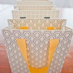 A template and tutorial to make your own pretty patterned gift bags.