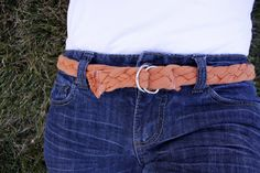 Make this braided belt by upcycling an old t-shirt