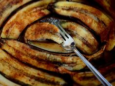 petite kitchen: the best baked bananas