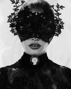 Lara Stone wears Valentino in 'Bal Masqué' by Mert Alas & Marcus Piggott for Vogue Paris, October 2010.