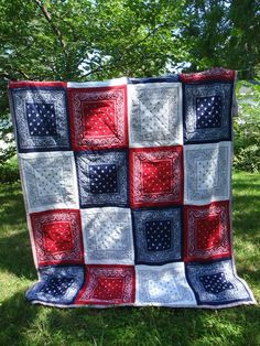 summer picnic, bandana quilts, picnic blanket, red white and blue quilts, blue bandana