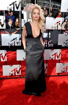 Click here to see the looks from the MTV Movie Awards red carpet here!